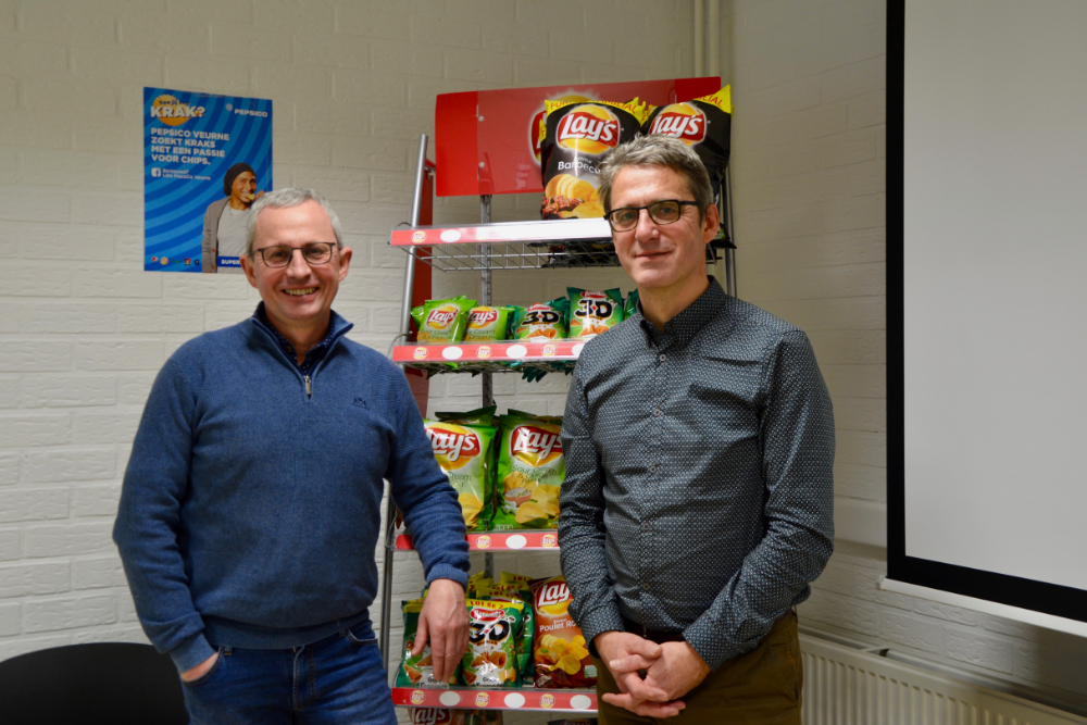 Johan Delmoitie, European Reliability & Maintenance Lead Snacks & Grains division, en Bert Pieters, engineering manager, bij PepsiCo